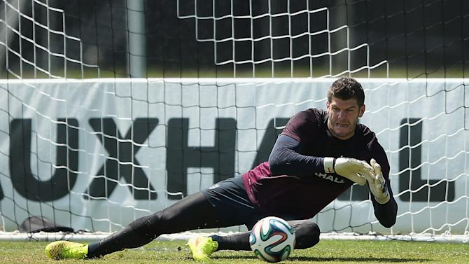 Fraser Forster in action during a training session on June 6, 2014 in Miami, Florida