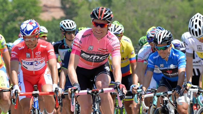Bouhanni wins another Giro sprint; Evans leads