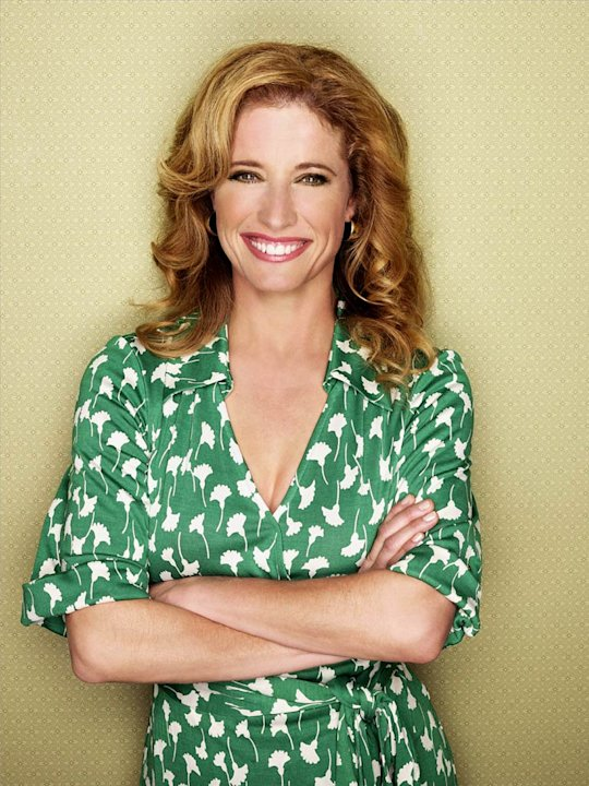 Nancy Travis stars in The Bill Engvall Show.