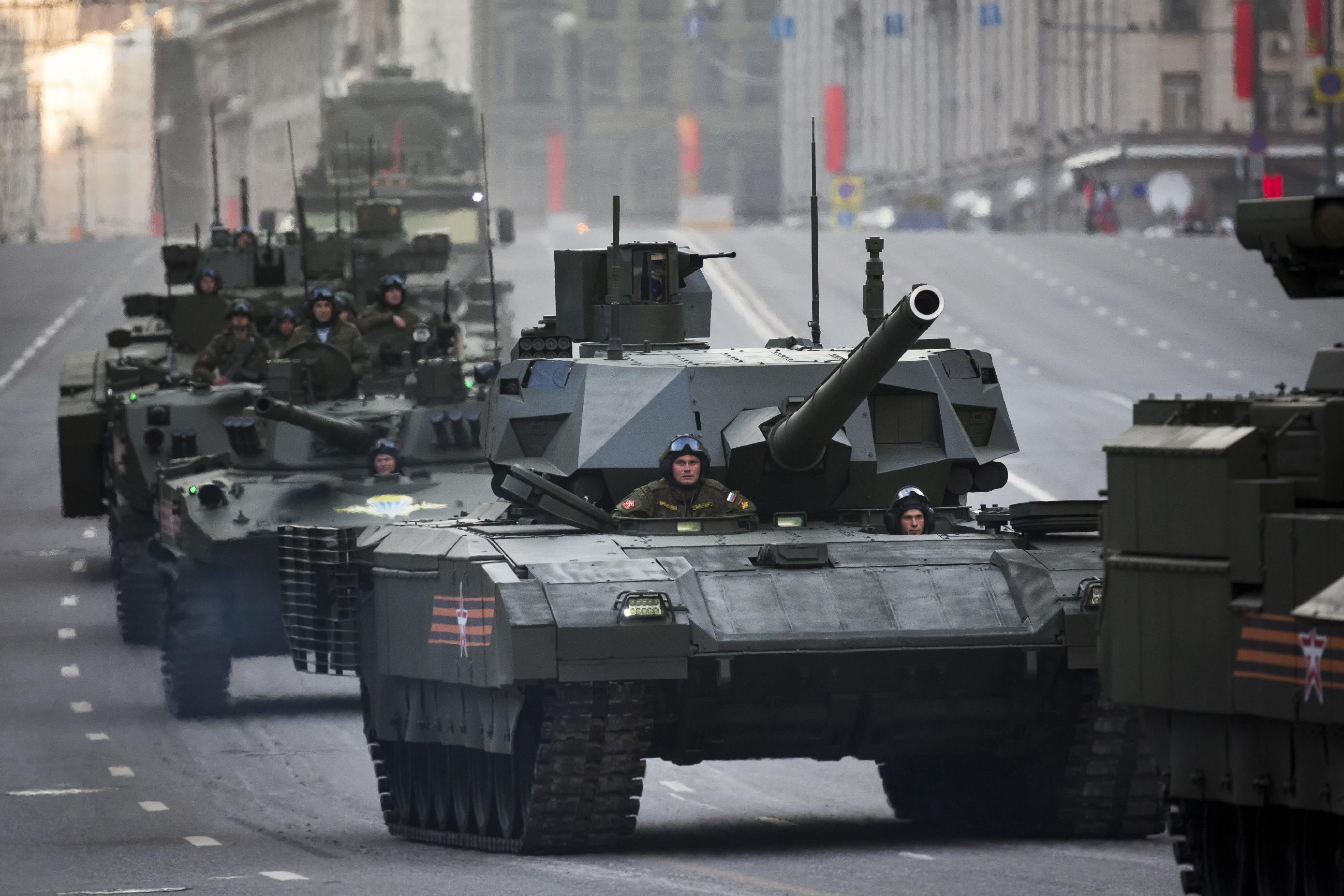 Russia's new Armata tank makes debut in parade rehearsal