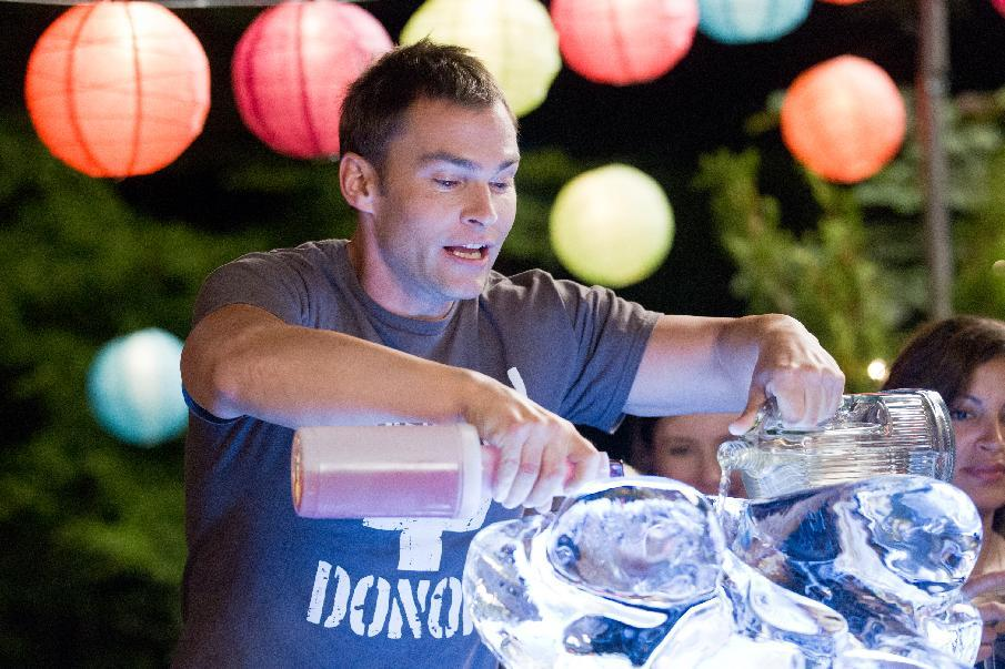 "In this image released by Universal Pictures, Seann William Scott  is shown in a scene from ""American Reunion"".  (AP Photo/Universal Pictures, Hopper Stone)"