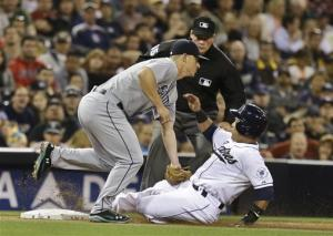 Stults Ks 12, Padres beat Mariners in 10 innings