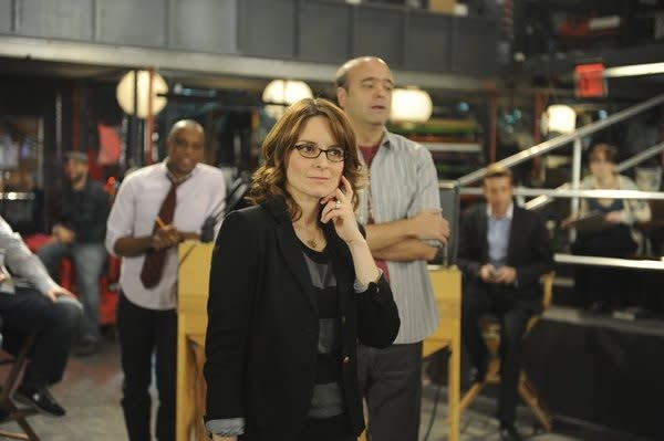 Exclusive 30 Rock First Look: Liz Rallies the Troops to Keep TGS On the Air