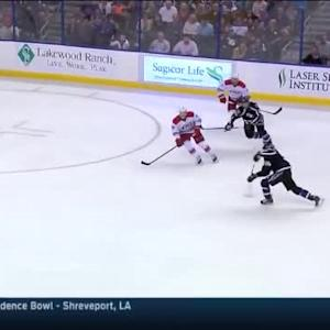 Cam Ward Save on Steven Stamkos (14:08/2nd)