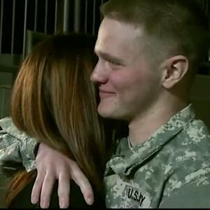 Soldier back for holidays in Pittsburgh