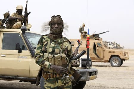 Nigeria stalls Chad, aims to beat Boko Haram before election