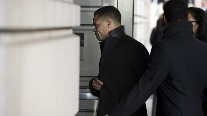 Former Illinois Rep. Jesse Jackson Jr. arrives at the E. Barrett Prettyman Federal Courthouse in Washington, Wednesday, Feb. 20, 2013. Jackson and his wife were to appear in federal court to answer criminal charges that they engaged in an alleged scheme to spend $750,000 in campaign funds on personal items. (AP Photo/Evan Vucci)