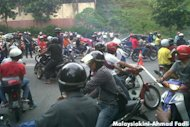 Traders, youths and bikers at anti-Ambiga protest