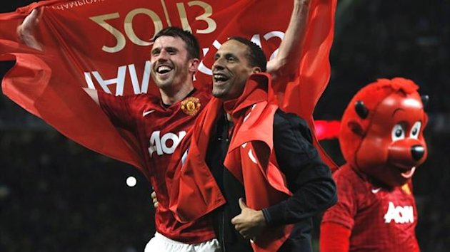 Michael Carrick and Rio Ferdinand celebrate Manchester United's Premier League title (Reuters)