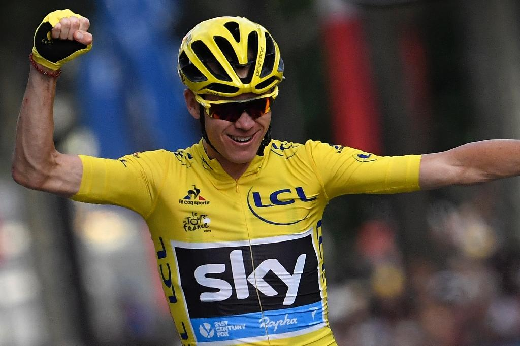 Running Man Froome rare highlight at stale Tour de France
