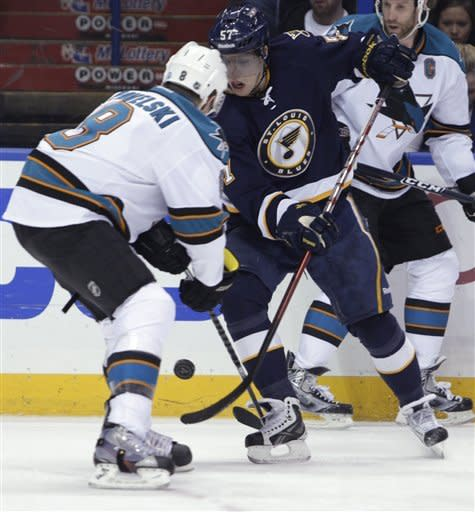 Perron, Pietrangelo power Blues past Sharks 3-0