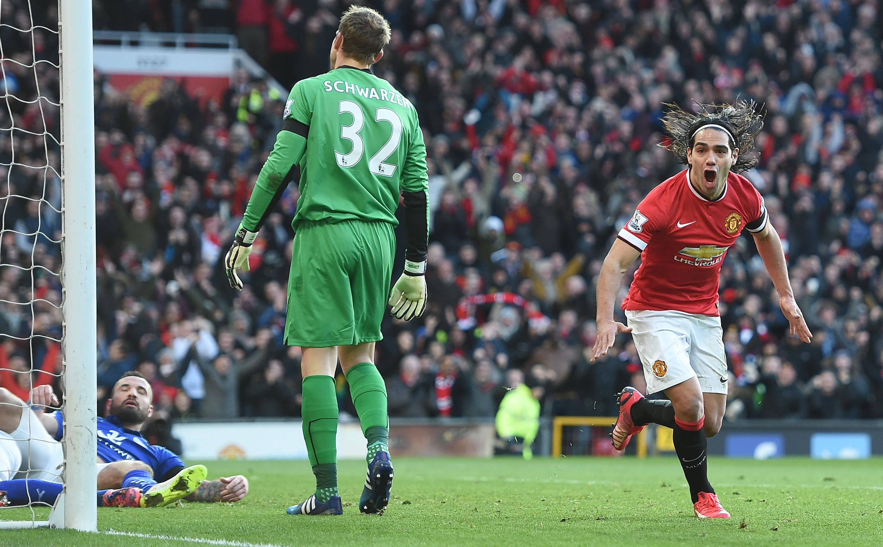 Falcao scores in United win; Sturridge nets on injury return