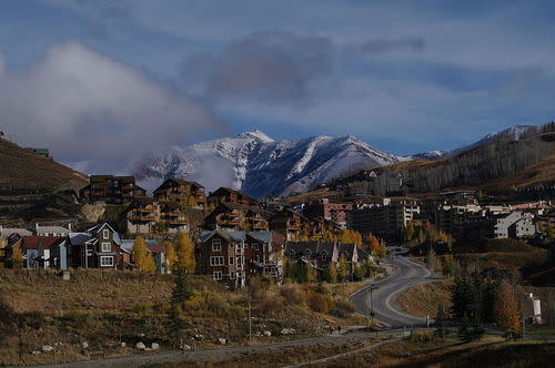 Livin' the Ski Life: Four Types of Programs Locals Can Use to Buy a Home in Ski Country