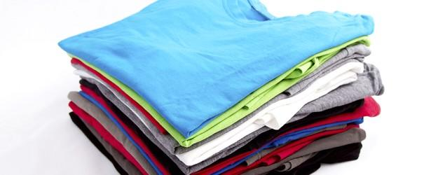 How to fold a T-shirt in less than 10 seconds