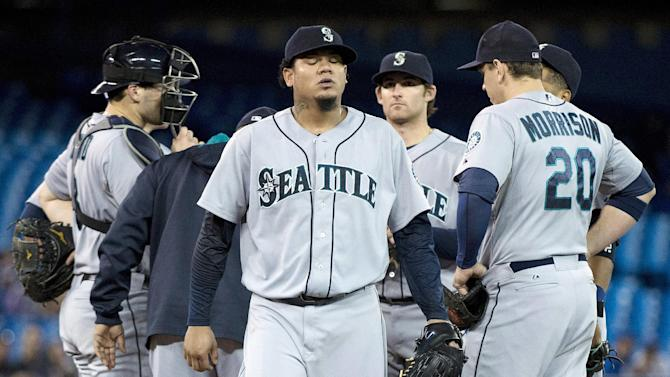 Hernandez hit hard, Mariners routed by Blue Jays