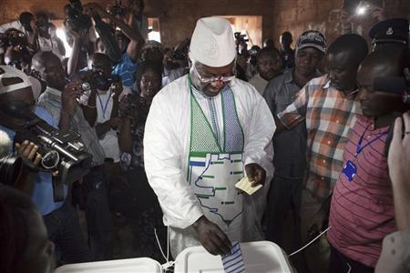 Sierra Leone's incumbent President Ernest Bai Koroma votes during presidential elections in the capital Freetown