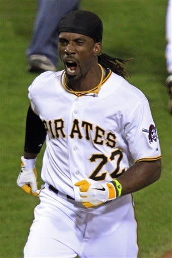 McCutchen hits winning HR in 9th, Pirates top Reds
