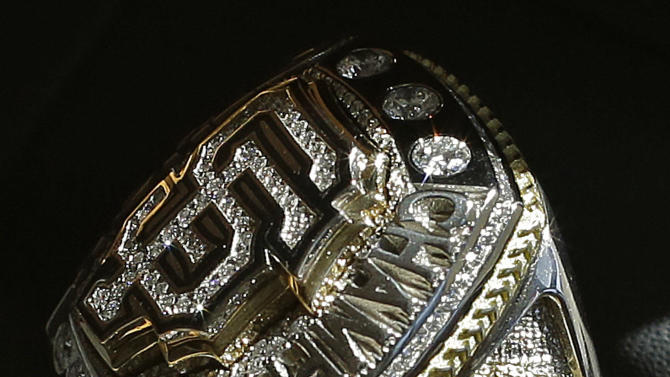 Giants presented championship rings