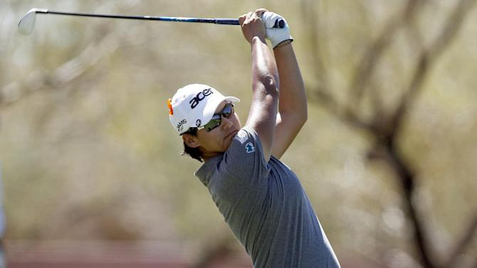 Yani Tseng hits her tee shot onto the third fairway during the first round of the Founders Cup golf tournament, Thursday, March 14, 2013, in Scottsdale, Ariz. (AP Photo/Paul Connors)