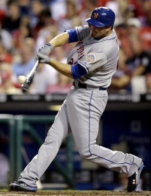 Duda, Harvey lead Mets over Phillies 3-2