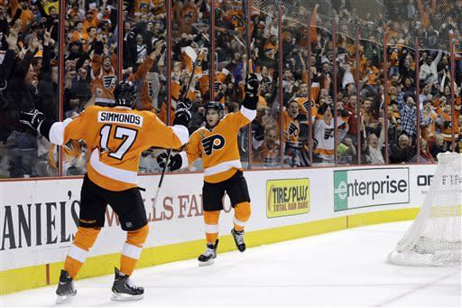 Flyers score 7 seconds apart in win over Bruins