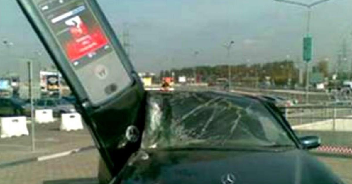 27 Insane Car Crashes That We Can't Figure Out