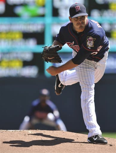 Morneau homers to help Twins sweep Indians 5-1
