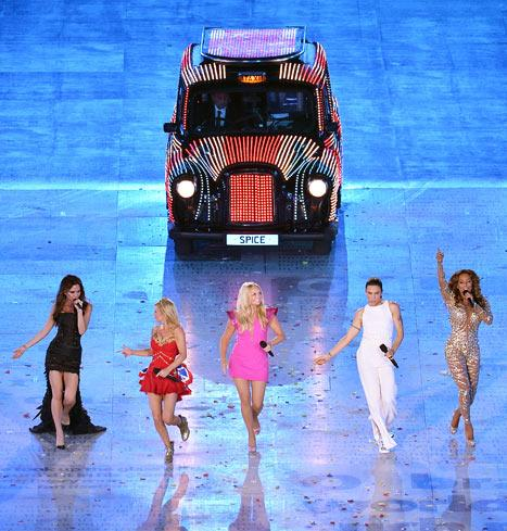 London 2012 Closing Ceremony: Spice Girls, One Direction and More!