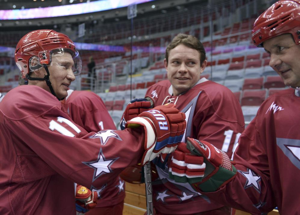 Sochi: Vladimir Putin Visits Host City Ahead Of Olympics - Opts For Hockey Gear As Opposed To Going Shirtless On Horse
