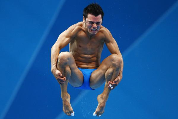 Mexico's Yahel Castillo Huerta performs a dive during the men's 3m springboard semi-final at the London 2012 Olympic Games at the Aquatics Centre
