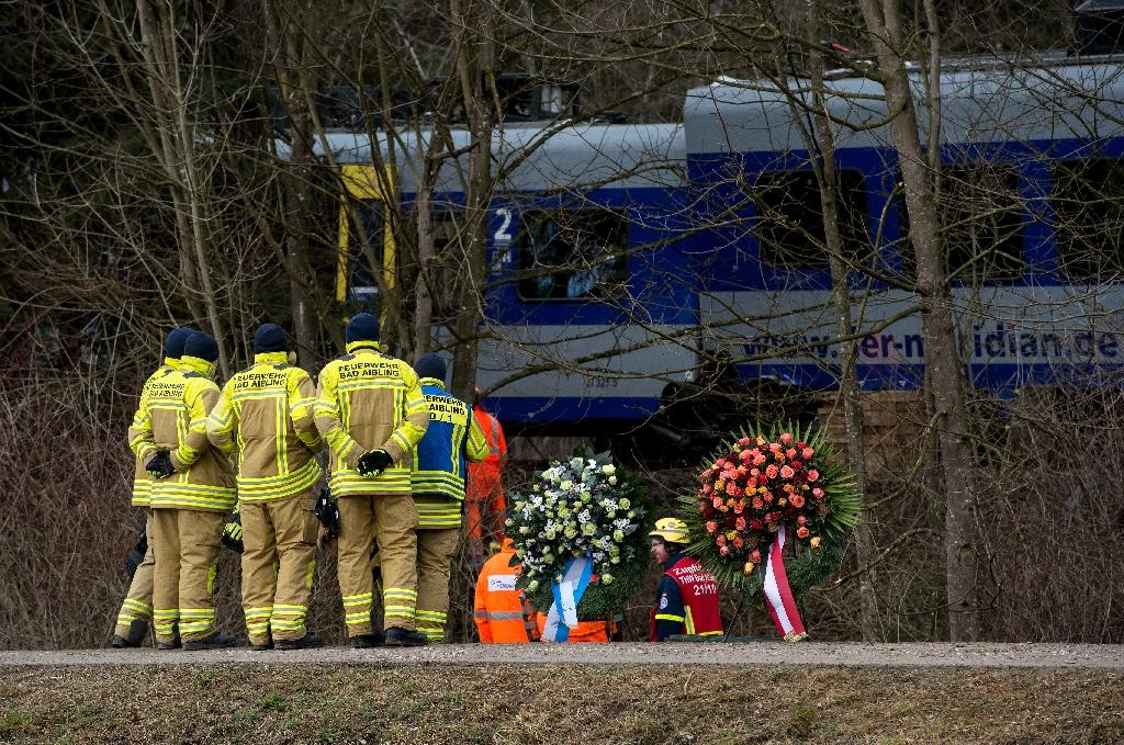 Germany probes cause of deadly train crash