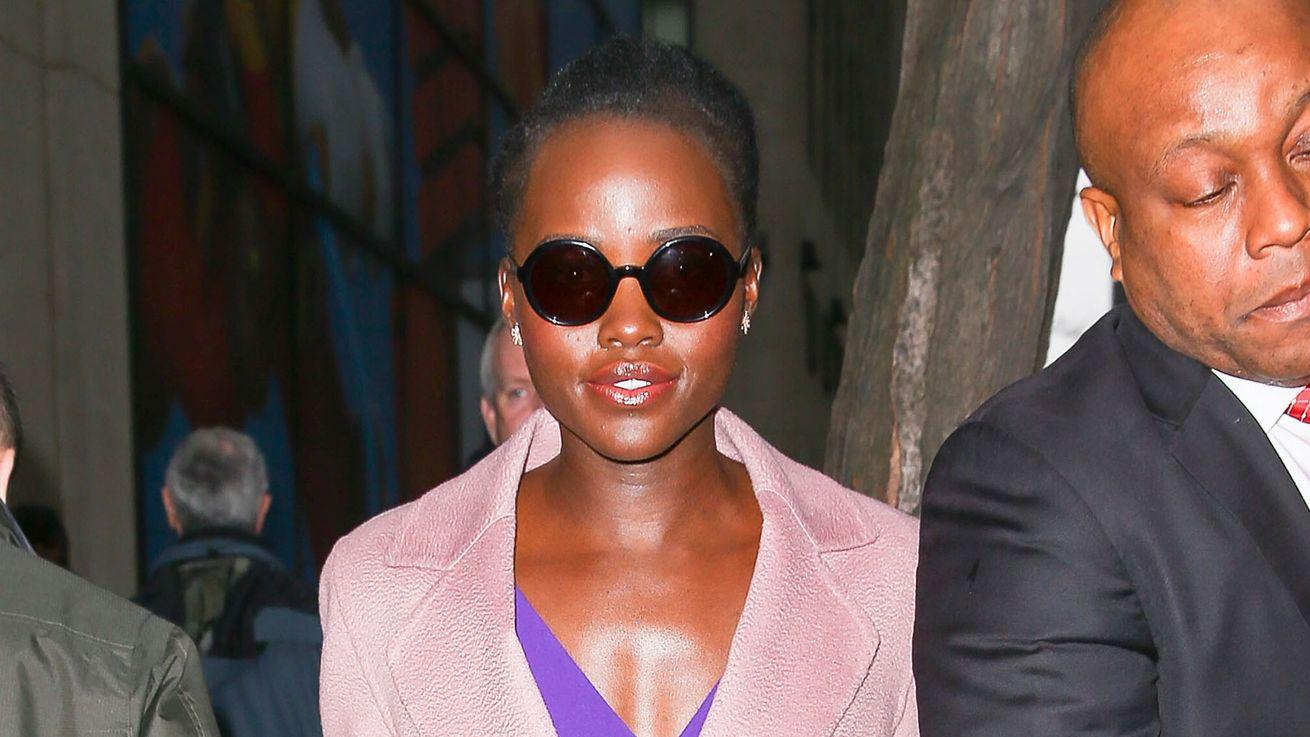 Lupita Nyong'o Successfully Paired Pink and Purple