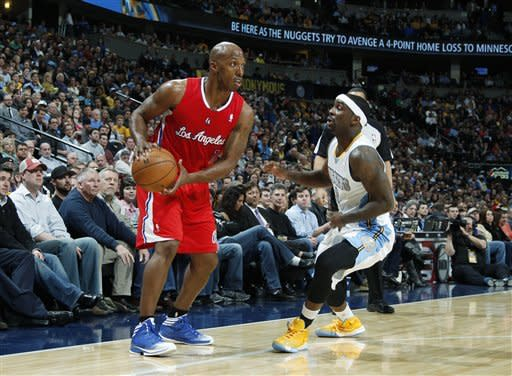 Nuggets win seventh straight, rout Clippers 107-92