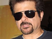 Proud Anil Kapoor's bash for RAANJHANAA team