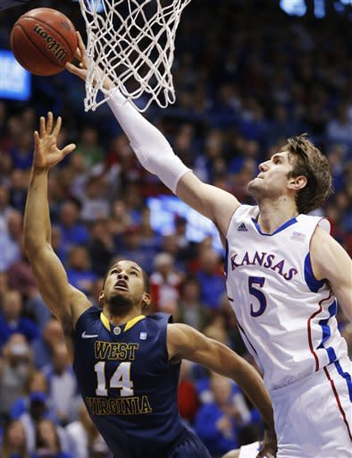 No. 6 Kansas beats West Virginia 91-65