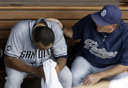Cabrera steals home in Padres' win over Dodgers