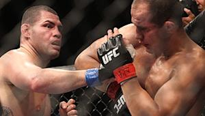 Should Velasquez vs. dos Santos Have Been Stopped Sooner? Dana White Wanted to Throw in the Towel