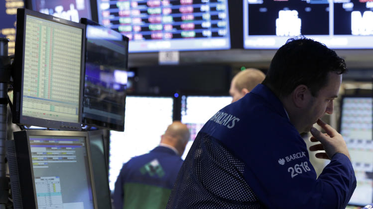 Stocks struggle as investors weigh economic news