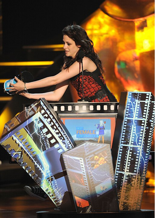 MTV Movie Awards Show Photos 2009 Kristen Stewart