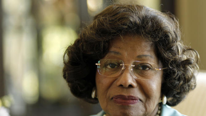 FILE - In this April 27, 2011 file photo, Katherine Jackson poses for a portrait in Calabasas, Calif. Jackson's mother told jurors Monday July 22, 2013 she did not believe her son was responsible for his own death and broke down in tears as she described the difficulty of listening to negative characterizations of her son throughout the trial. The Jackson family matriarch is suing the company, claiming it failed to adequately investigate the doctor convicted of giving her son an overdose of anesthetic in 2009. (AP Photo/Matt Sayles, File)