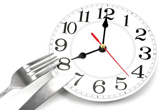 Clock with cutlery, fork and knife, Feb 13, p87