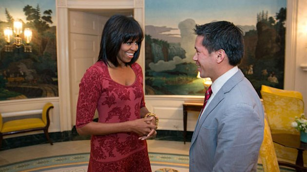 Michelle Obama Debuts New 'Do