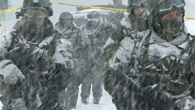 Snow complicates SoCal manhunt