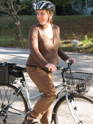 Susie Weber biked to the hospital to deliver her baby. (photo via babble.com)