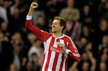 Crouch: Stoke should stick with Pulis through 'blip'