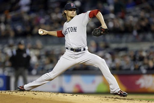 Red Sox chill Yanks, 2-0 for first time since 1999