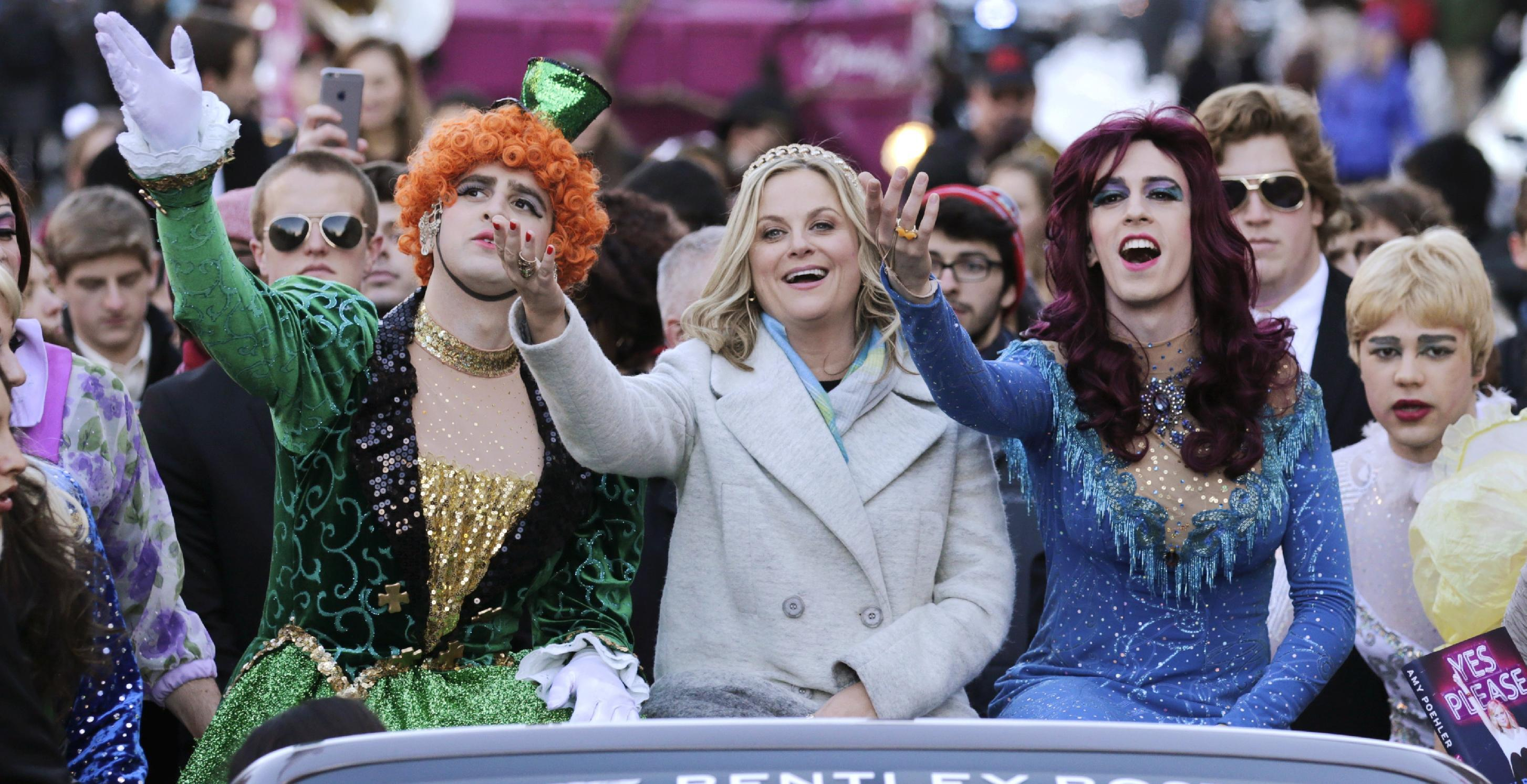 Amy Poehler feted by Harvard's Hasty Pudding