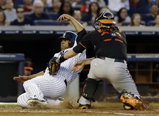 Wells, Nova help Yanks beat Orioles 3-2