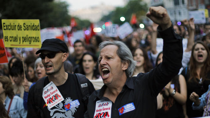 Thousands march to protest austerity cuts in Spain