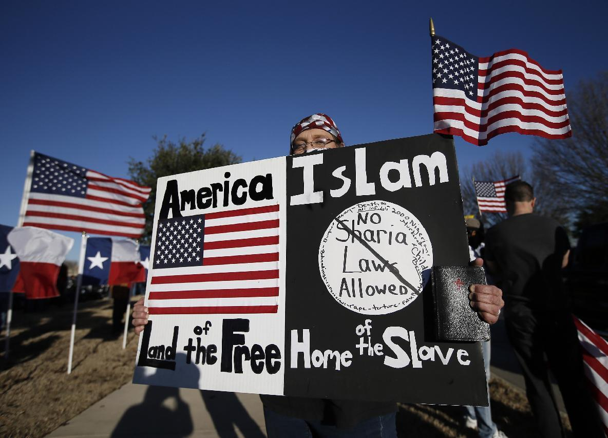 Texas Muslims on edge amid protests, contest attack